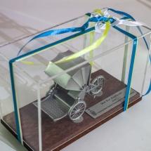 2013年参加馬來西亞檳城國際龍舟邀請賽大會送贈本會之記念品